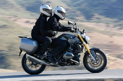 bmw r 1200 r 2015 2015 bmw r1200r in 170 pictures autoevolution