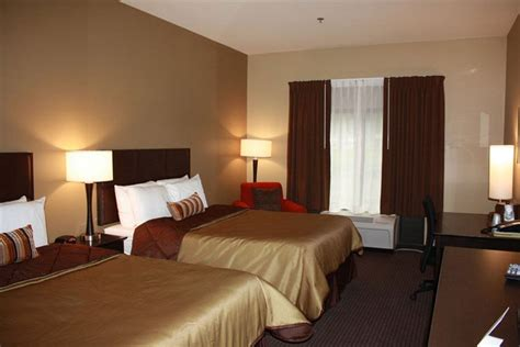 how many hotel rooms in manhattan parkwood inn suites in manhattan hotel rates reviews on orbitz