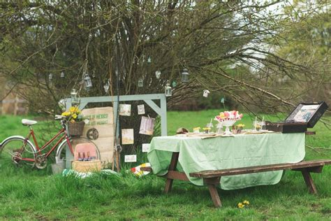 Diy Recycled Home Decor spring easter vintage picnic