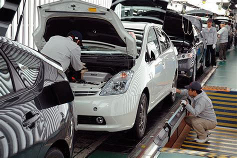 toyota line doing work in small batches and limiting work in progress