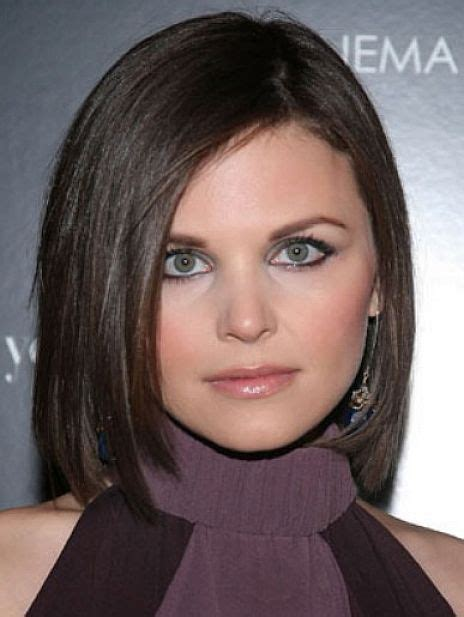 haircuts for women with round faces in their 30s medium haircuts for women with round faces