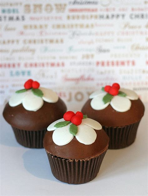 simple and creative christmas themed cupcake designs and decorating ideas family holiday net