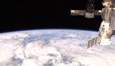 live iss beamlog view of earth right now