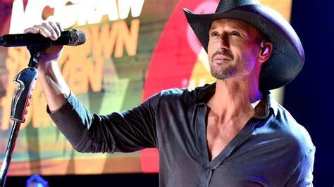 countrys tim mcgraw headlines anti gun concert heres his daughter of anti gun country singer tim mcgraw and her