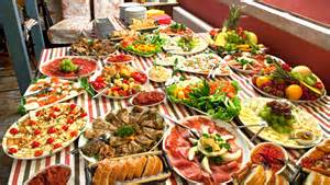 what is a buffet l what of food do they eat in the balkan regions