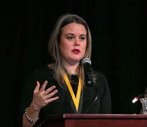 career biography exle career of cnn digital boss mirrors media revolution