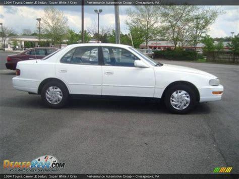 1994 toyota camry sedan 1994 toyota camry le sedan white gray photo 5