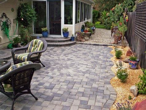 Paving Ideas For Small Gardens Paving Ideas For Small Front Gardens Garden Design