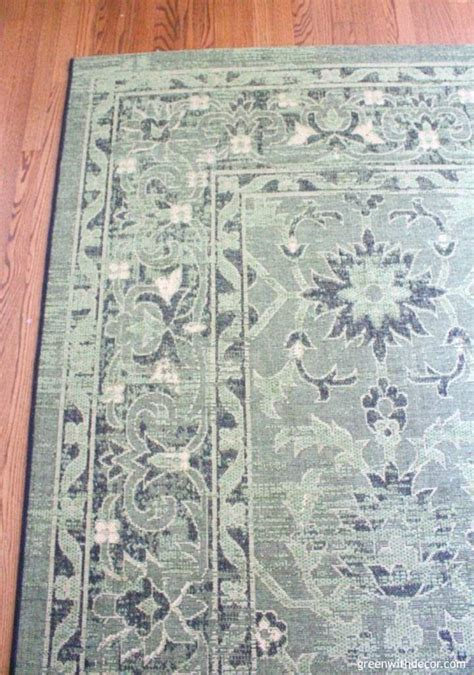 choosing an area rug green with decor how to choose an area rug