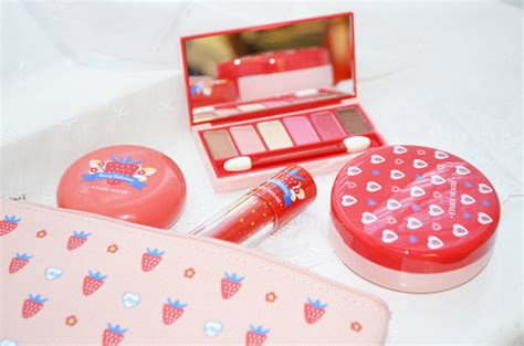 Etudehouse Berry Delicious Blusher review etude house berry delicious collection february