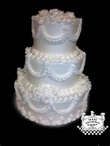 traditional wedding cakes three brothers bakery 187 wedding cake trends 2012