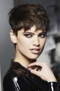 coiffure courte coupes de cheveux courts album photo