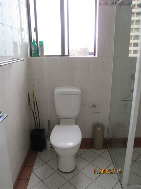 hey mikey gotta go to the bathroom eastern bathroom 28 images private residence bathroom