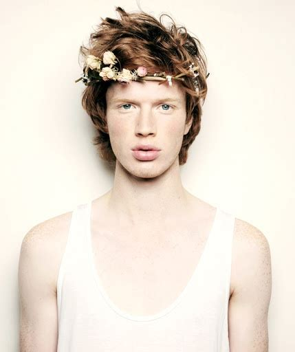 boys hair crown 11 delightful ways to wear flowers in your hair for a