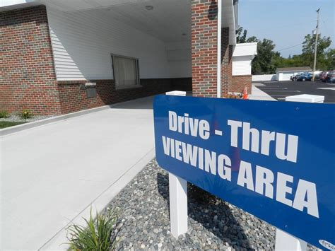 Paradise Funeral Home Saginaw Michigan by Saginaw Funeral Home Opens A Drive Thru Window Michigan