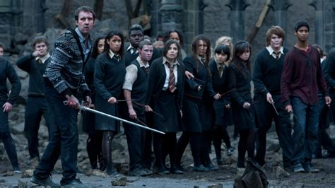 film zeitgeist adalah harry potter and the deathly hallows part 2 mengesankan