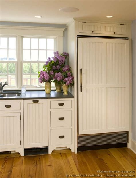 White Beadboard Kitchen Cabinets by Kitchen Cabinets Traditional White 119 Cp009d Cottage