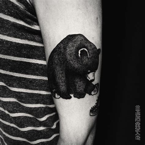 small bear tattoo instagram dvuhzerkalcev