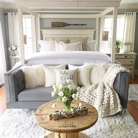 sofa bed bedroom ideas 17 best ideas about couch pillow arrangement on pinterest