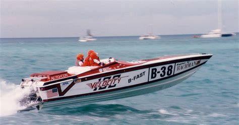 30 ft boats for sale in ct velocity 30ct race boat named be fast 1980s