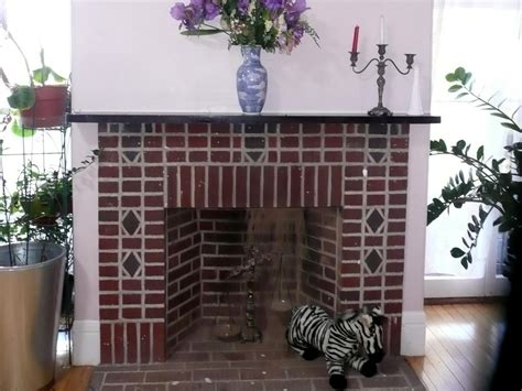 Cleaning Inside Of Fireplace by Painted Brick Fireplace Makeover How Tos Diy