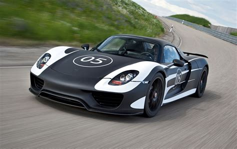 Porsche 918 Supercar Hybrid Iteration 2 0 Designapplause