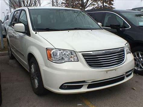 Chrysler 2013 Town And Country by 2013 Chrysler Town And Country Touring L 6 5 Inch Touch
