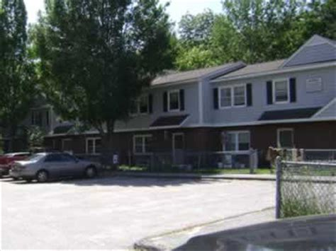 Low Income Apartments For Rent In Portland Maine Riverton Park Portland Low Rent Housing Apartments