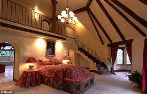 giant bedroom hulk hogan slashes the price of his florida mansion by a