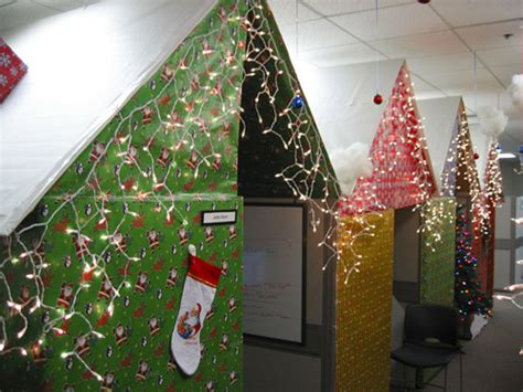office christmas decoration ideas funny office christmas christmas pranks 171 lol pranks com