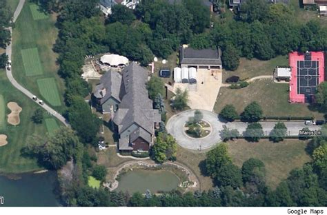 R S House by R Mansion Bought By Bank In Foreclosure Auction