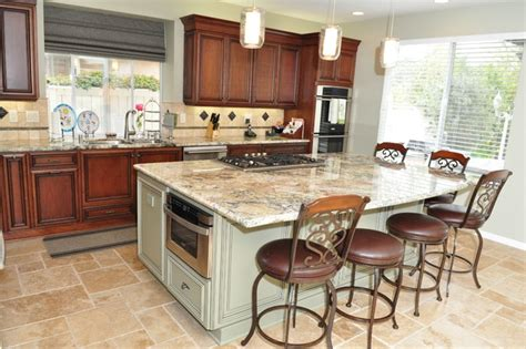 Kitchen Island With Cooktop And Seating Dynasty Cherry Wood Nutmeg Onyx