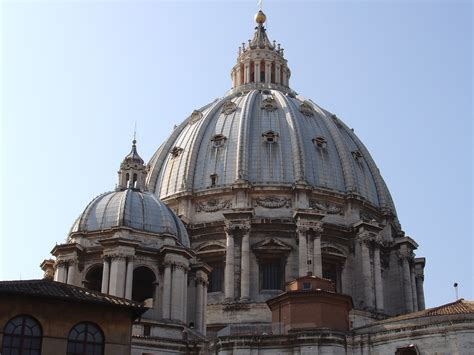 cupola michelangelo michelangelo the architect behold the crowning of