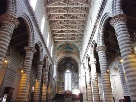 duomo orvieto interno interno della cattedrale foto di duomo di orvieto