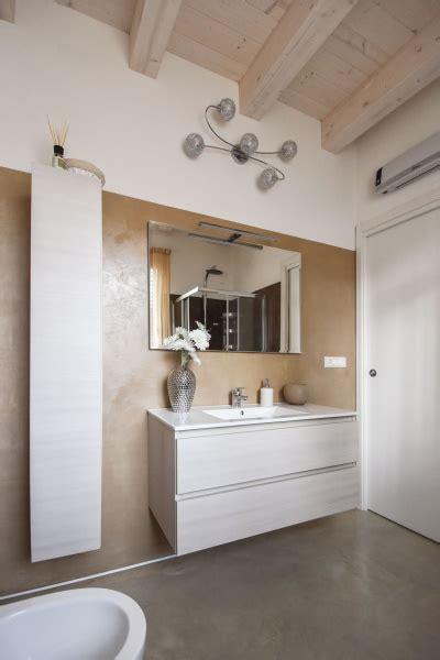 pavimenti e rivestimenti da bagno rivestimento bagno moderno per pavimenti e rivestimenti
