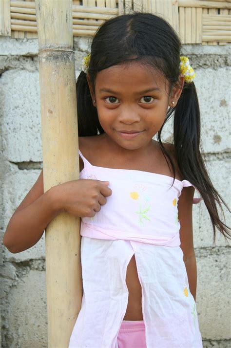 Asia Philippines Luzzon Preteen Philippine Girl A
