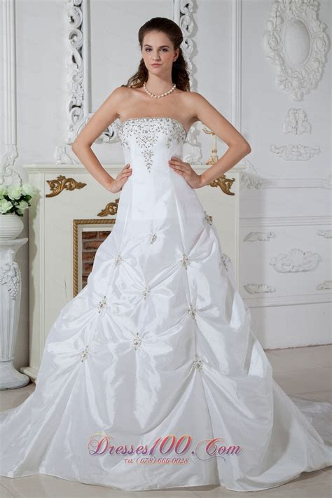 8 Beautiful Wedding Dresses For The Summer by Http Www Topdresses100 Beautiful Wedding Dresses C17
