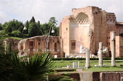 prezzo ingresso colosseo tour roma tour colosseo e foro romano senza fila
