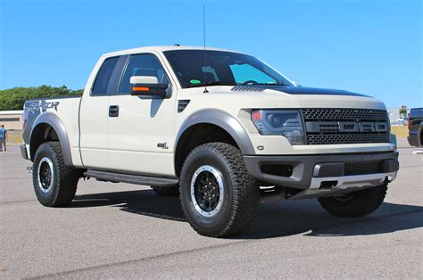 2013 ford f 150 svt raptor hd wallpaper of car
