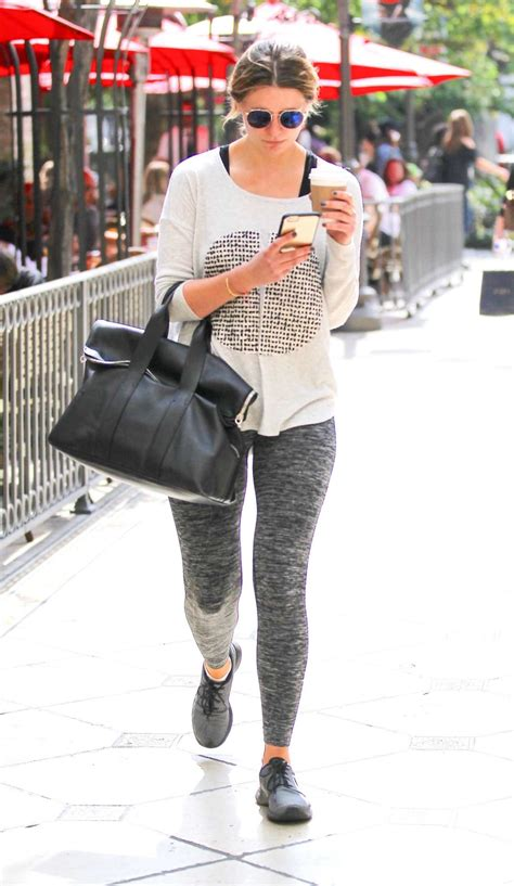 Mischa Barton Pics Now With Tights by Mischa Barton In Tights 09 Gotceleb
