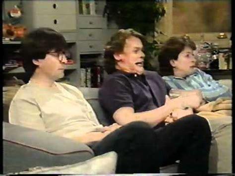 men behaving badly sofa quot men behaving badly quot tony gets glasses youtube