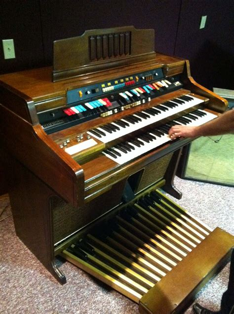 Electric Organ hammond model 328122 commodore electric organ selling