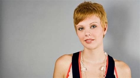 super short growing out hair pixie cuts growing out super short hair just got easier