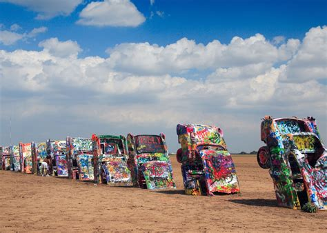 cadillac ramch cadillac ranch 32 surreal travel spots you won t believe