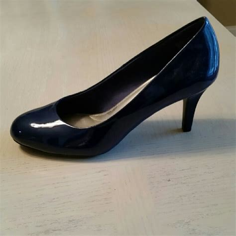 payless comfort plus shoes 63 off payless comfort plus shoes navy blue heels