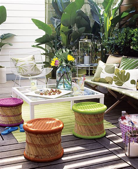 outdoor entertaining tips thatll save  tons  time