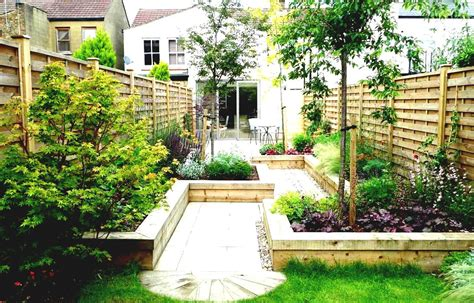 Small House Garden Landscape Images About Small Garden Small House Garden Ideas