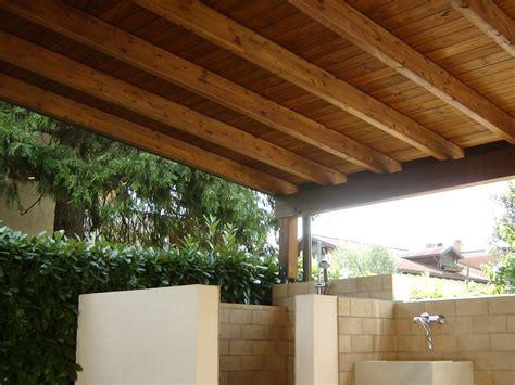 tettoia addossata tettoie in legno verona porticati in legno provincia
