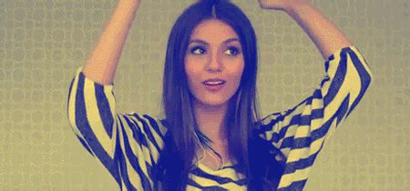 Kirsty Helps, VICTORIA JUSTICE GIF HUNT (Count: 1 62)