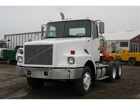 Sleeper Cab For Sale by 1991 White Gmc Day Cab Conventional Trucks W Sleeper For